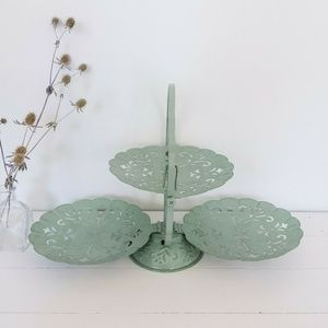 Three Tier Green Cupcake Appetizer Serving Stand